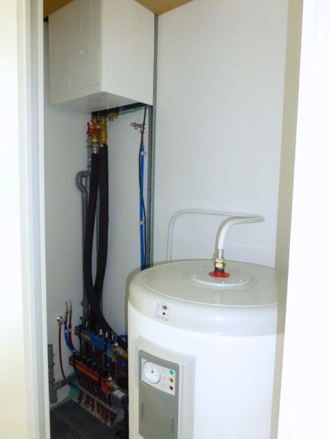 MATTHIEU ARTISAN chauffagiste (69) - installation pompe à chaleur HITACHI